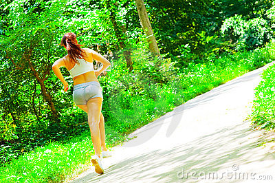 woman-runner-woods-10085766